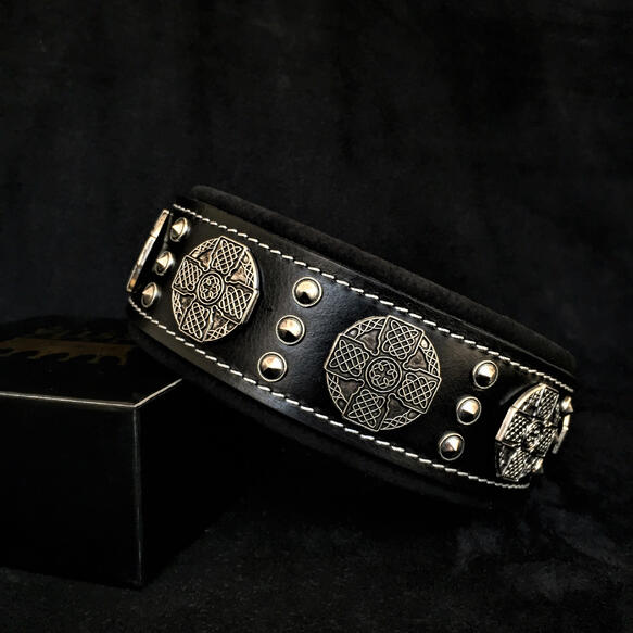maximus black and silver collar for large dog breeds by Bestia